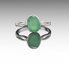 925 Sterling Silver Ring with Oval Green Natural Emerald Gemstone Handmade.