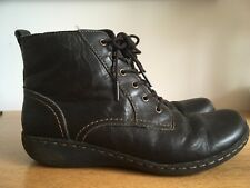 Clarks - Women's Stylish Zip Up Lace-Up Ankle Boots in Black/Size: UK 5.Used