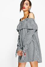 NEW Boohoo Womens Julia Gingham Off Shoulder Tie Smock Dress in Polyester