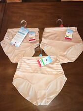 NEW SPANX Assets Chic Shapers Glam Panty 2036 Nude Small NWT $32 Shapewear