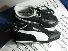 NIB PUMA RIO RACE YOUTH UNISEX ATHLETIC SHOES BLACK WHITE