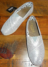 NEW KATYDID RUSTIC COUTURE SLIP ON SHOES FLATS GLITTER CANVAS SILVER