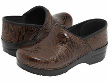 Women's Dansko Professional Brown Tooled Clogs Casual Shoes 906530202 Sz 37 - 42