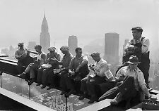 TIME4ART Vintage Workers On A Break On The Empire State Building CANVAS Decor
