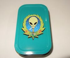 Smoking Alien 1oz Hinged Lid Tobacco Tin with Various Standard booklet by eTrend