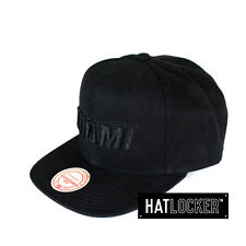 Mitchell & Ness - Miami Heat Waxed Canvas Black Snapback