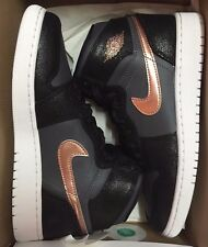 Nike Air Jordan Retro 1 High GS Bronze Olympic 705300-006 Grade School 3.5-7