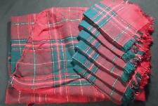 VINTAGE CHRISTMAS PLAID TABLE CLOTH W/6 NAPKINS & GOLD SPARKLE LINES