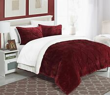 Luxury  3 Piece  Pinch Pleated Ruffled & Pin-tucked  Sherpa Lined Comforter New.