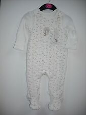 BNWT Mothercare Super Soft (Neutral) Star Outfit. Age Tiny Baby - 6 Months