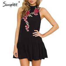 Simplee Floral Embroidery Pleated Dress Party Evening Halter Backless Dress