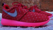 Nike Roshe Run Print Retro Youth Girl Shoes (GS) Size 7 Dark Red Pink 677784 606