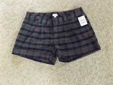 Woman's Plaid Casual shorts BY: Frenchi Size:7 New With Tags!! SO NICE/CUTE!