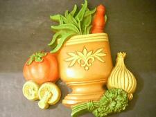 VTG HOME INTERIOR WALL PLAQUE POT OF HERBS TOMATO MUSHROOM GARLIC PARSLEY  (E9)