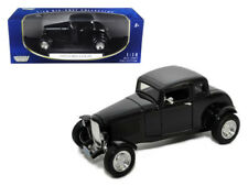 Motormax 1932 Ford Coupe 1:18 Diecast Model Car