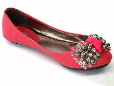 Girls pink jewelled bow ballet style shoes.H2227.