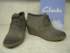 Ladies Clarks Nice Melody Light Grey Suede Leather Lace Up Wedge Ankle Boots