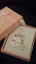 Necklace stocking filler the wanted, 1D, One Direction, Harry styles, Gift box