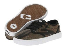 Brand NEW Discounted Globe Motley Kids Skate Boarding Shoes in Camo