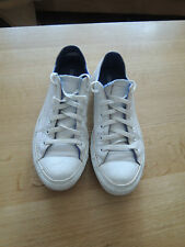 white leather all star converse size 8