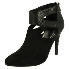 Ladies Anne Michelle Zip Up Ankle Heeled Boot / Cut Out Design