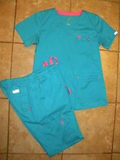 MED COUTURE SCRUB SET ~  TOP SIZE SMALL ~ PANTS SIZE SMALL TALL ~ TEAL