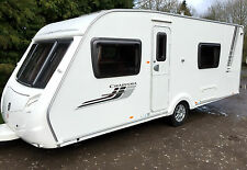 SWIFT CHARISMA 550 FIXED BED LUXURY 4 BERTH CARAVAN WITH SEPARATE END BATHROOM