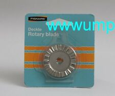 Fiskars Deckle Rotary Blade 45mm / Style B. For use with Fiskars cutter trimmer