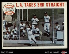 1964 Topps #138 1963 World Series - Game #3 - L.A. Takes Dodgers / Yankees VG/EX