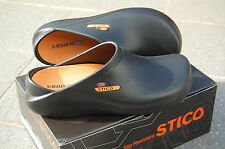 CHEF SHOE/ CLOG, NEW TO OZ!! LONG LIFE, NON SLIP, ULTRA LIGHT!!. BEST ON EBAY!!
