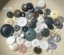 Mixed Lots of 50 assorted vintage BUTTONS, for sewing, crafts, jewelry art