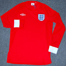 Umbro England National Team Soccer Jersey Long Sleeve, Red, Size 38/Small