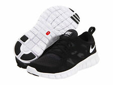 NIB Nike Kids Free Run 2.0 Youth Size 3.5 SZ 4 Black White Shoes $75 443742 001