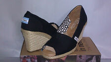 TOMS WEDGE CANVAS BLACK WOMEN %100 AUTHENTIC FREE SHIPPING NEW STYLE