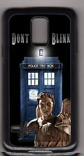 L@@K! Weeping Angels and the Tardis - Don't Blink phone case - Doctor Who