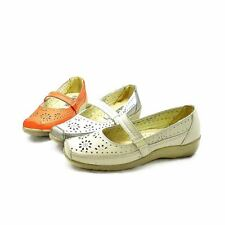 Ladies flat comfort shoes with bar strap