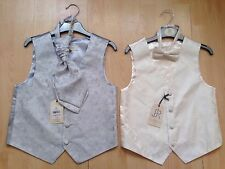 BNWT BHS Boys Cravat Sets - Silver & Cream Age 7-8 years RRP: £36