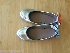 NWT Gymboree Best in Blue Very Merry Silver Flats Dress Shoes SZ 12,2 Girls