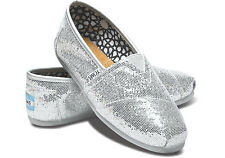 Authentic TOMS Silver Glitter Women's Classic Size 9 Flats Brand New Never Worn