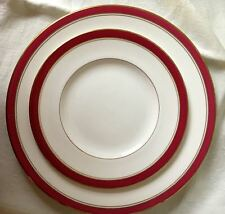 Royal Worcester Bone China Howard Ruby Dinner & Salad Plates 2 Pieces