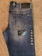 NWT ROCK & REPUBLIC RELAXED STRAIGHT FIT 'SOLDIER' JEANS BLUE WASH MSRP $88