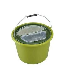 Live Bait Bucket & Air Pump / Economy or Deluxe 2 Speed