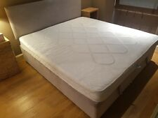 super king size bed (2-sinlge base and large headboard) with new mattress