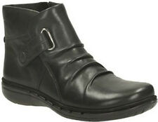 LADIES CLARKS UN ARLYN BLACK LEATHER ZIP UP VELCRO RUCHED CASUAL ANKLE BOOTS