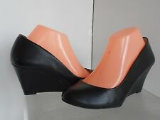 Jessica Simpson Sampson Black Wedge Pumps Size 8 M