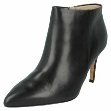 LADIES CLARKS LEATHER ZIP UP STILETTO POINTED TOE ANKLE BOOTS SHOES DINAH PIXIE