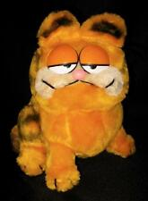 Vintage ~ Dakin GARFIELD Cat 1981 Plush Stuffed Animal ~ Classic Sitting Pose