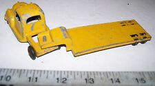 VNTG 1950s DIE-CAST METAL TOOTSIETOY SEMI-TRACTOR & FLATBED TRAILER TRUCK TOY