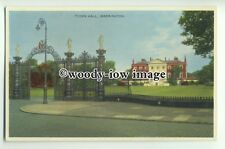 tp9318 - Cheshire - The Town Hall, Lawns and Gates, in Warrington - postcard