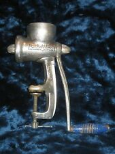 Vintage Maid Of Honor Food & Meat Chopper Grinder Complete with 2 Plates & Knife